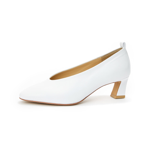 브리아나 Briana Round-toe Pumps_White [10% OFF]
