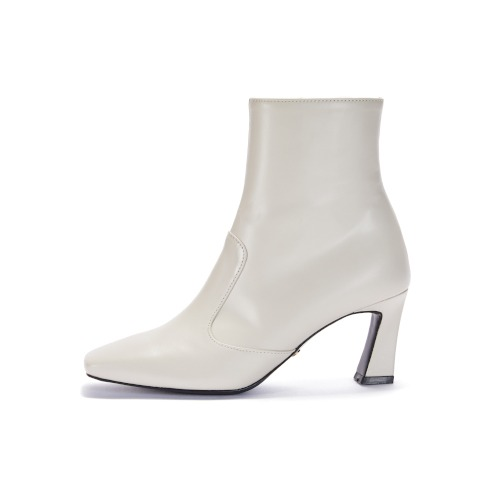 브리아나 Briana Block Ankle Boots_Cream